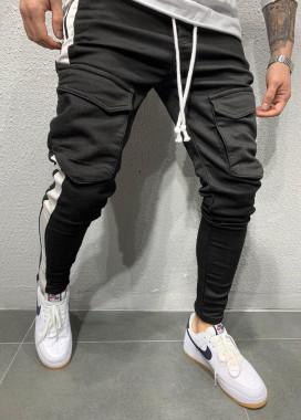 Изображение Брюки спортивные с карманами по бокам и белыми полосками MFStore