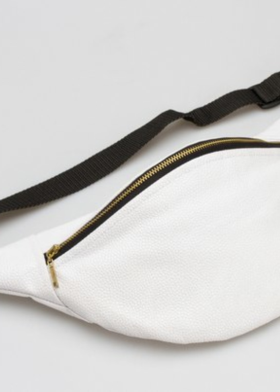 Изображение Черно-белая сумка на пояс