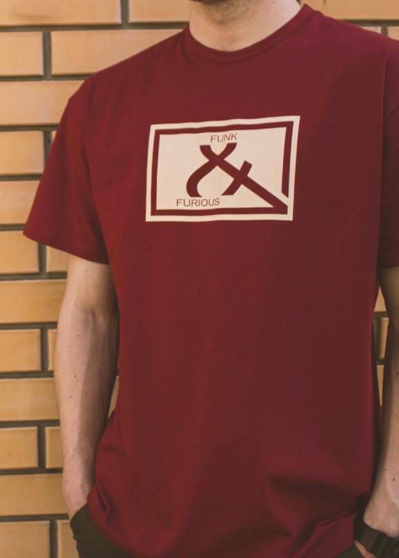 Изображение Футболка бордовая &Logo Funk and Furious