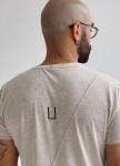Изображение Базовая бежевая футболка со строчками