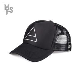 Изображение Кепка тракер с принтом черная Треугольник MFS