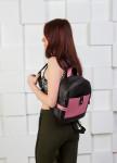 Изображение Рюкзак женский с розовым карманом черный Kogut