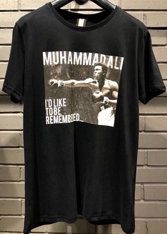 Изображение Футболка мужская черная Be Remembered MFStore