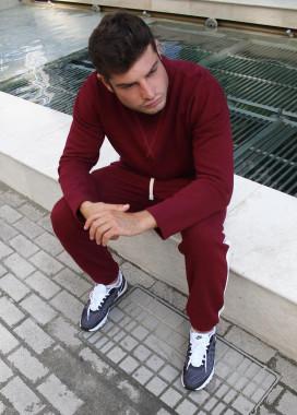 Изображение Бордовая кофта с вставкой на горле Leska prod