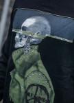 Изображение Лонгслив с принтом человек с черепом MFSTORE