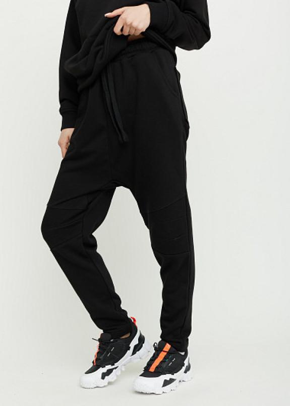 Изображение Трикотажные штаны с заниженным шаговым швом