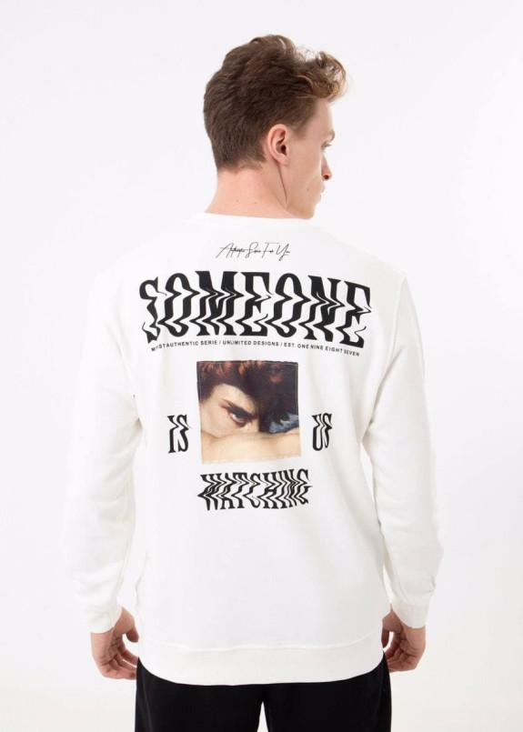 Изображение Свитшот мужской с текстом и принтом белый MFStore