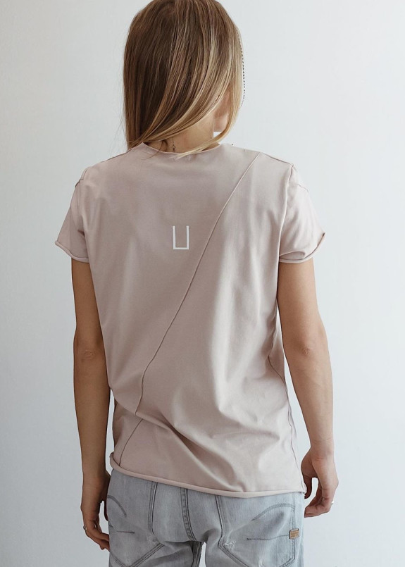 Изображение Женская бежевая базовая футболка Paola
