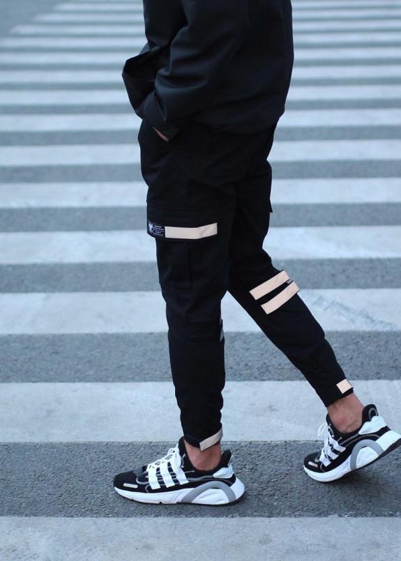Изображение Зауженные карго штаны черные на липучках с рефлектом