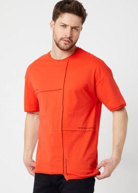 Изображение Асимметричная  красная футболка с шовом MFStore
