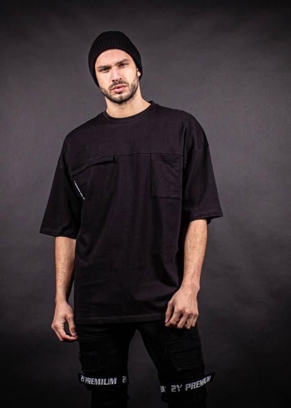 Изображение Футболка черная с карманом на груди MFStore
