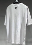 Изображение Футболка белая с маленьким крестиком сверху на спине MFStore
