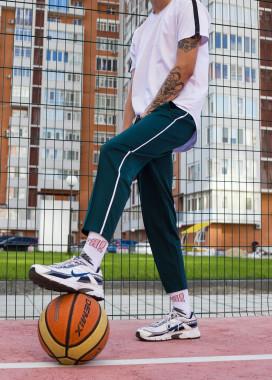 Изображение Легкие спортивные штаны мужские темно-зеленые Кейдж Tur streetwear