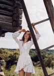 Изображение Платье с воланами и принтом синие сердечки на запах - белое She Black Limit