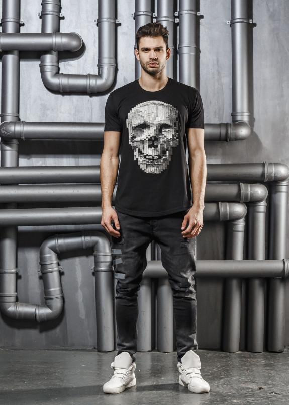 Изображение Футболка черная с детализированным черепом Mfstore