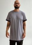 Изображение Удлиненная серая футболка с черным кантом