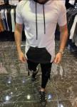 Изображение Удлиненная белая безрукавка с карманом MFStore