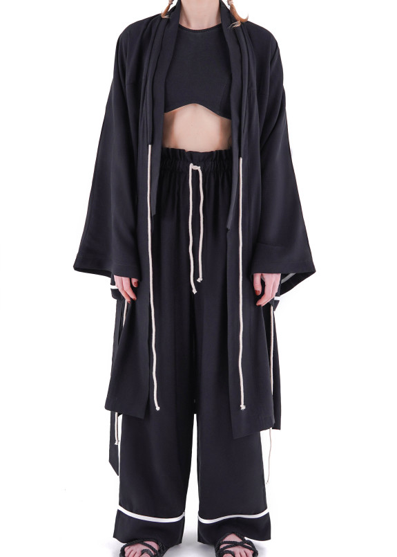 Изображение Костюм черный женский кимоно